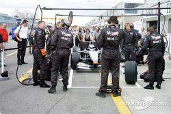 Pitstop antrenmanı, McLaren