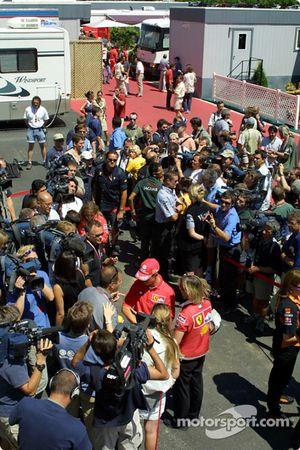 Thursday: interviews for Michael Schumacher ve David Coulthard