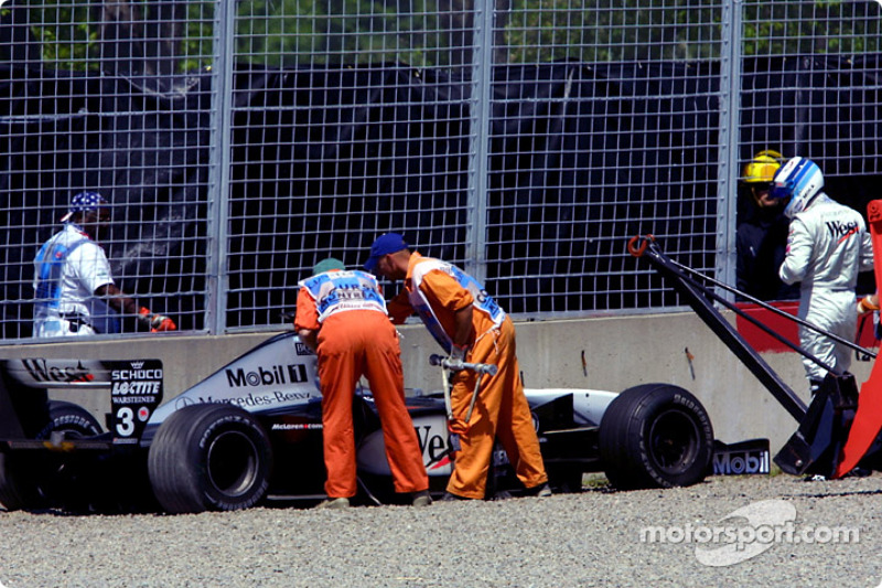 Mika Hakkinen - 8 abandonos en la primera vuelta
