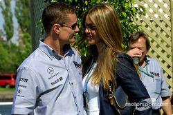 David Coulthard y su adorable novia