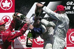 Baño de champaña para Ralf
