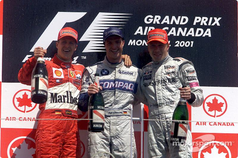 Podyum: Michael Schumacher, Ralf Schumacher ve Mika Hakkinen