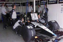 Le garage Minardi : Tarso Marques