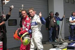erkek kardeşis arms: Michael ve Ralf Schumacher