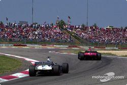 Bagarre pour la première place entre deux frères : Michael Schumacher et Ralf Schumacher