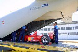 Ferrari au show aérien du Bourge, sur le retour de Silverstone