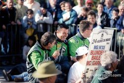 Los chicos MG : Kevin McGarrity, Mark Blundell, Julian Bailey