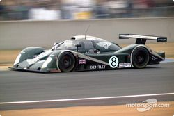 Bentley mengerem masuk Dunlop
