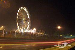 Hacia la noche en Le Mans