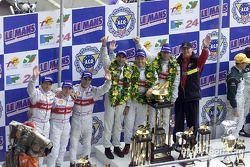 El podio: Rinaldo Capello, Christian Pescatori, Laurent Aiello, Emanuele Pirro, Tom Kristensen, Fran