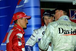Después de la conferencia de prensa: Michael Schumacher, Ralf Schumacher y David Coulthard