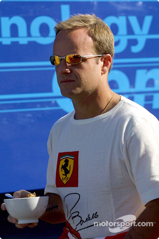 Rubens Barrichello having cereals