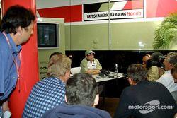 Jacques Villeneuve meeting the press