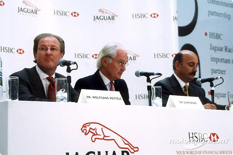 Jaguar Racing and HSBC renew sponsorship: Dr Wolfgang Reitzle, Sir John Bond and Bobby Rahal