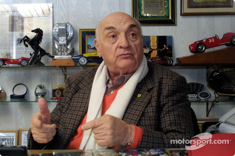 José Froilán González hablando de su primera victoria en la Fórmula 1 en el Gran Premio Británico de 1951, también la primera victoria en el Campeonato Mundial para Ferrari