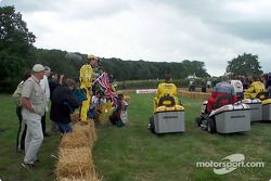 Start of the Honda lawnmower race: Heinz-Harald Frentzen et Jarno Trulli