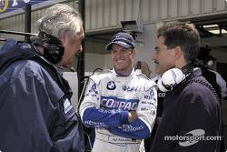 Flavio Briatore, Ralf Schumacher y el Dr. Mario Theissen