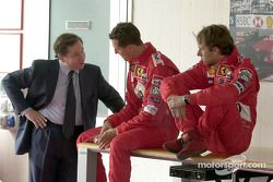 Jean Todt, Michael Schumacher y Luca Badoer