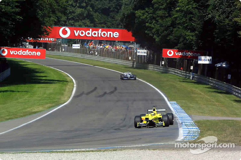 Foi a despedida do antigo circuito de Hockenheim, com as grandes retas que cortavam a floresta negra. A partir de 2002 a pista foi encolhida para o layout atual.