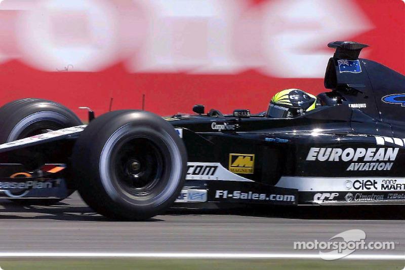Tarso Marques abandonou na volta 26 com problemas de câmbio.