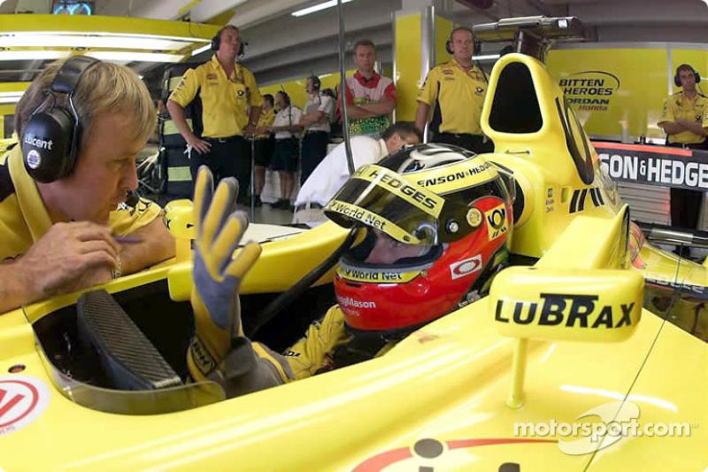 Após bater em Verstappen na volta 7, Zonta abandonou. Com a briga de Jean Alesi com a Prost, esta foi sua última prova pela Jordan. Alesi assumiu seu lugar já no GP da Hungria (prova seguinte), enquanto que Frentzen terminou o ano na Prost.