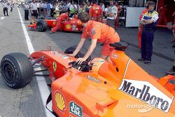 Michael Schumacher y Rubens Barrichello antes de la carrera