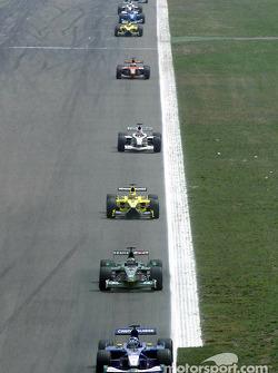Kimi Raikkonen in front of Eddie Irvine