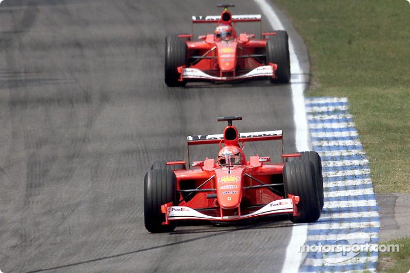 Schumacher não teve sorte. Após não ter um ritmo de prova tão bom quanto o do companheiro, ele foi obrigado a abandonar na volta 23 com problemas mecânicos. Curiosamente Schumacher só abandonaria por problemas de novo na Ferrari no Japão em 2006.