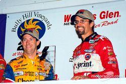 Première place pour Petty et Andretti