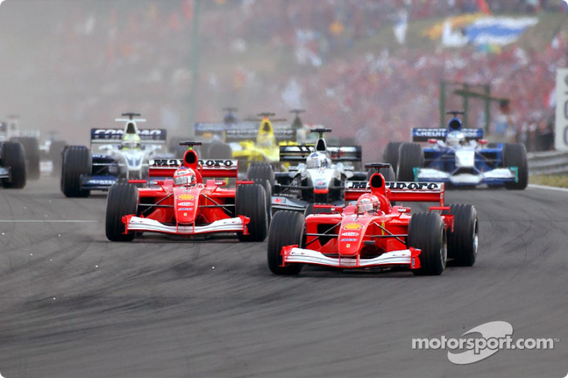 The start: Michael Schumacher in front of Rubens Barrichello