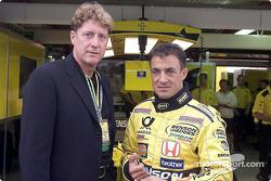 Jean Alesi avec un invité