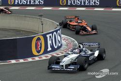 Juan Pablo Montoya devant Jos Verstappen