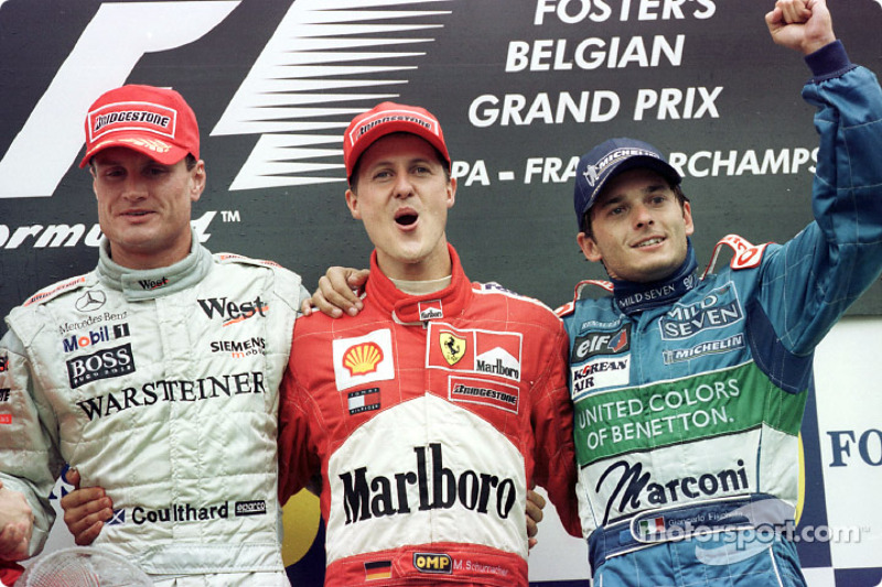 El podio: David Coulthard, Michael Schumacher y Giancarlo Fisichella