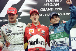 Le podium: David Coulthard, Michael Schumacher et Giancarlo Fisichella