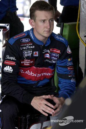 El novato Kurt Busch en el Rubbermaid Ford consigue su primera pole de la Winston Cup Series
