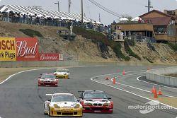 Battaille en GT entre les BMW et les Porsche