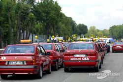 Los autos oficiales listos para el fin de semana