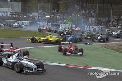 Startkollision beim Grand Prix von Italien in Monza 2001