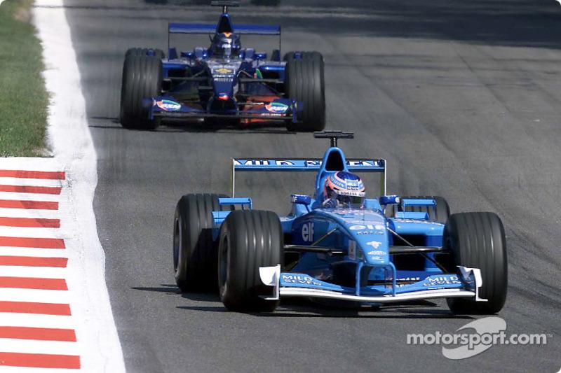 Jenson Button front, Heinz-Harald Frentzen
