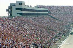140,000 espectadores asistieron a Dover Downs