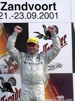 El ganador de la carrera, Uwe Alzen