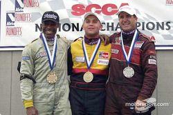 Course 3, Formula 500 le podium: le Champion National Elivan Goulart, le 2ème Jeff Jorgenson et le 3ème Calvin Stewart