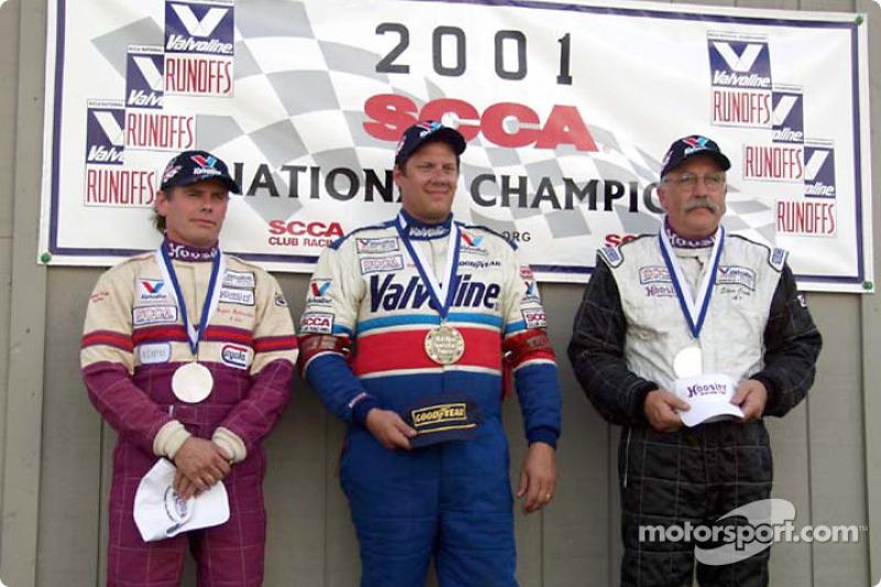 Race 7, Formula Vee podium: National Champion Brad Stout, 2nd Roger Siebenaler, 3rd Stephen Oseth