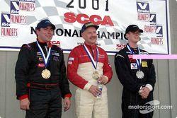Course 8, Grand Touring 4 le podium: le Champion National Jamie Houseman, le 2ème Scott Culbertson et le 3ème Steven Lisa