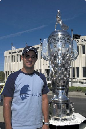 Juan Pablo Montoya y el Trofeo Borg Warner