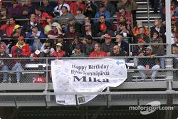 Feliz cumpleaños, Mika