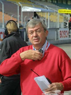 El director de carrera Roland Bruynserade