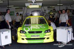 Michael Bartels, Opel Team Holzer, Opel Astra V8 Coupé