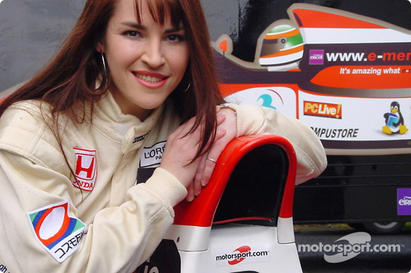 Sarah Kavanagh linked to McLaren as a test driver for 2002