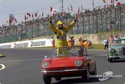 Desfile de pilotos: Jean Alesi